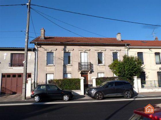 Vente maison 10 pièces 203 m2