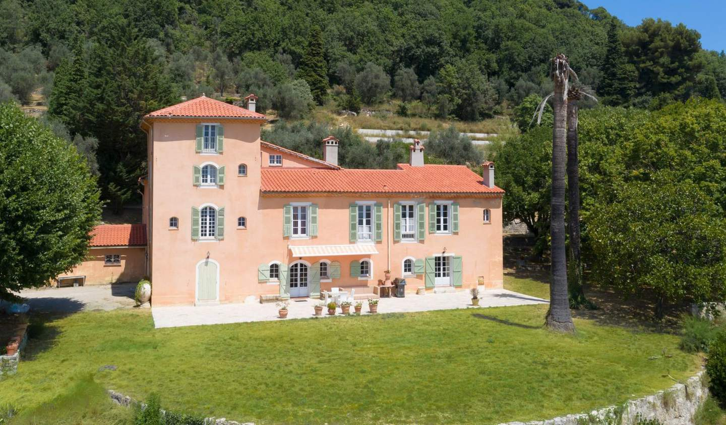 Property with pool Magagnosc