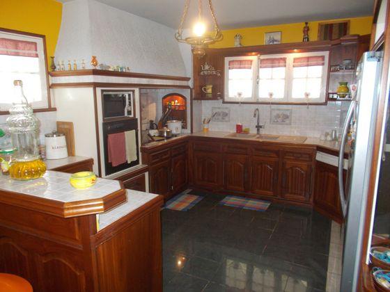 Vente villa 12 pièces 1077 m2