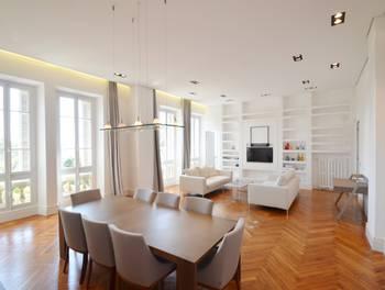 Appartement meublé 3 pièces 141 m2