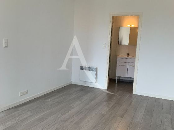 Location studio 34,27 m2
