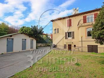 Maison 11 pièces 270 m2