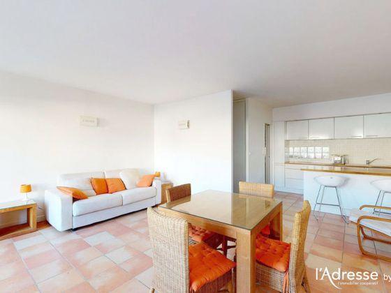 Location studio meublé 40,13 m2