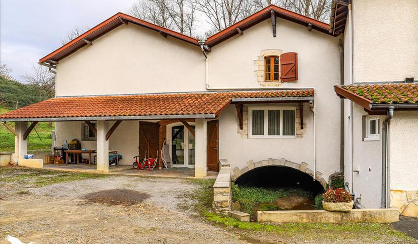 Maison Saint-Etienne-d'Orthe