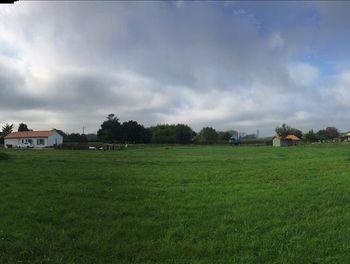 terrain à Saint-Yzans-de-Médoc (33)
