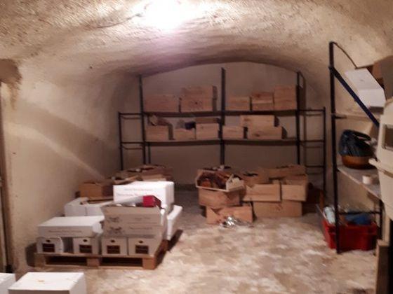 Vente divers 12 pièces 182 m2