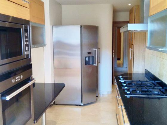 Location appartement 3 pièces 89 m2