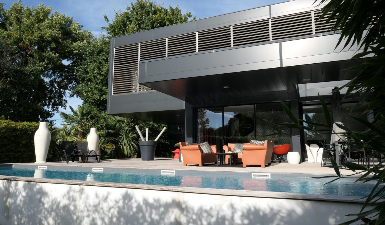 Villa avec piscine et terrasse Royan