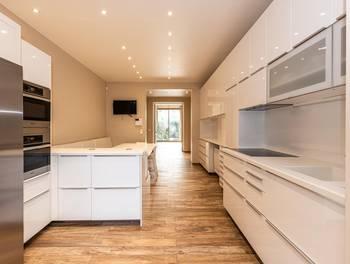 Appartement 3 pièces 133,85 m2