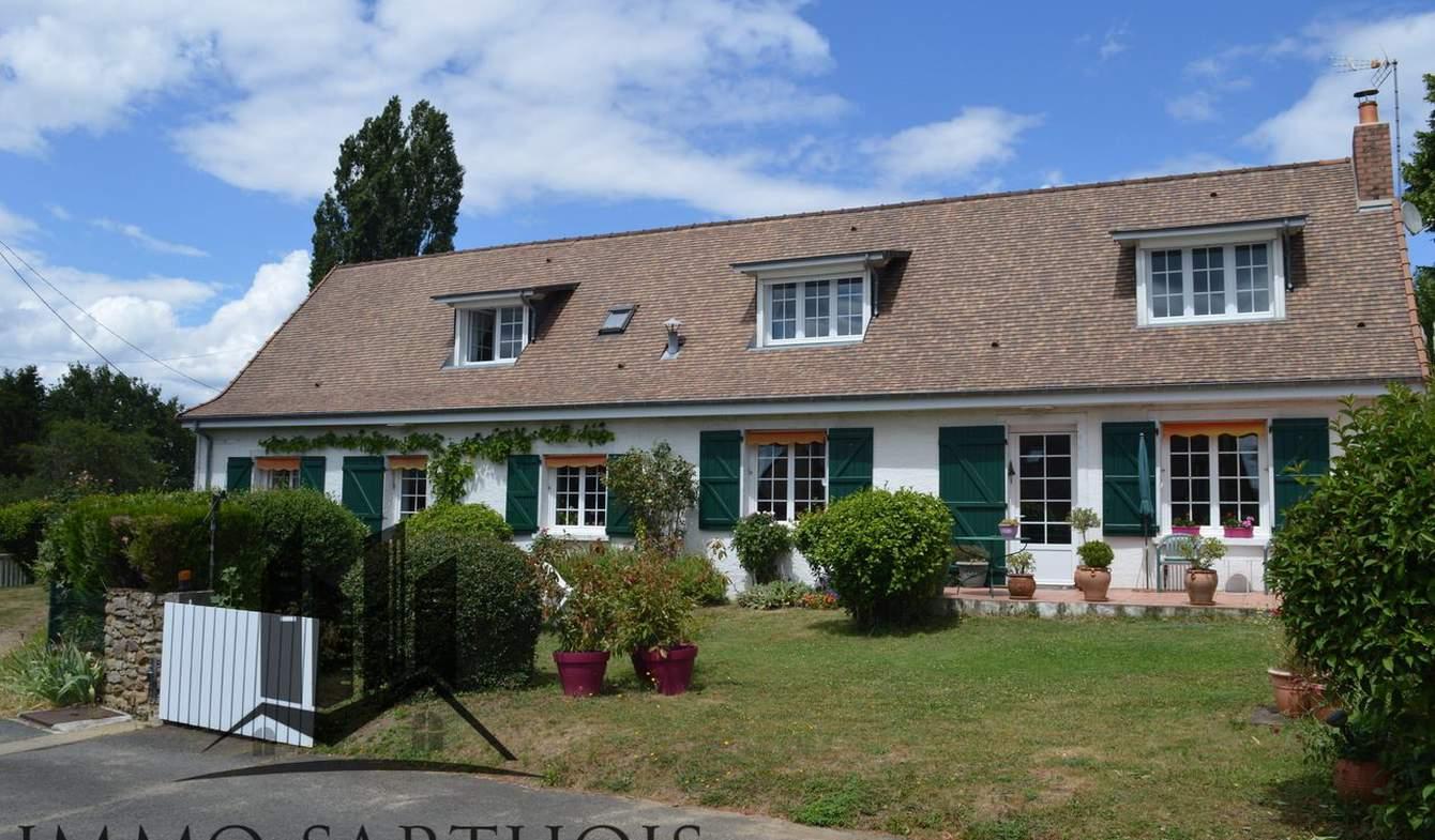 Maison avec piscine et terrasse Ecommoy
