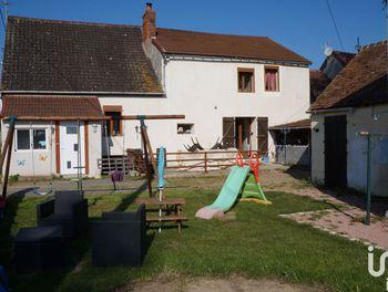 maison à Contigny (03)