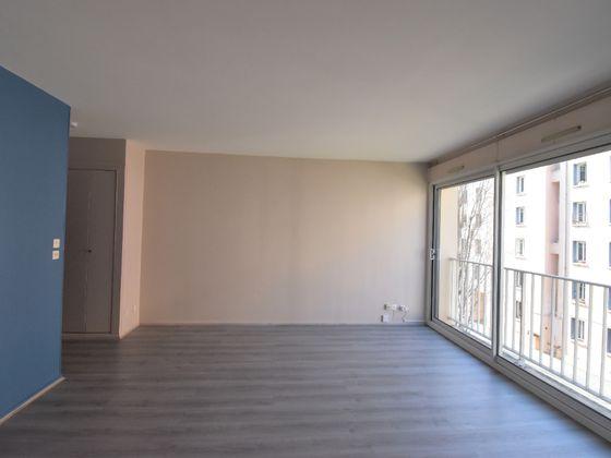 Location studio 33,1 m2