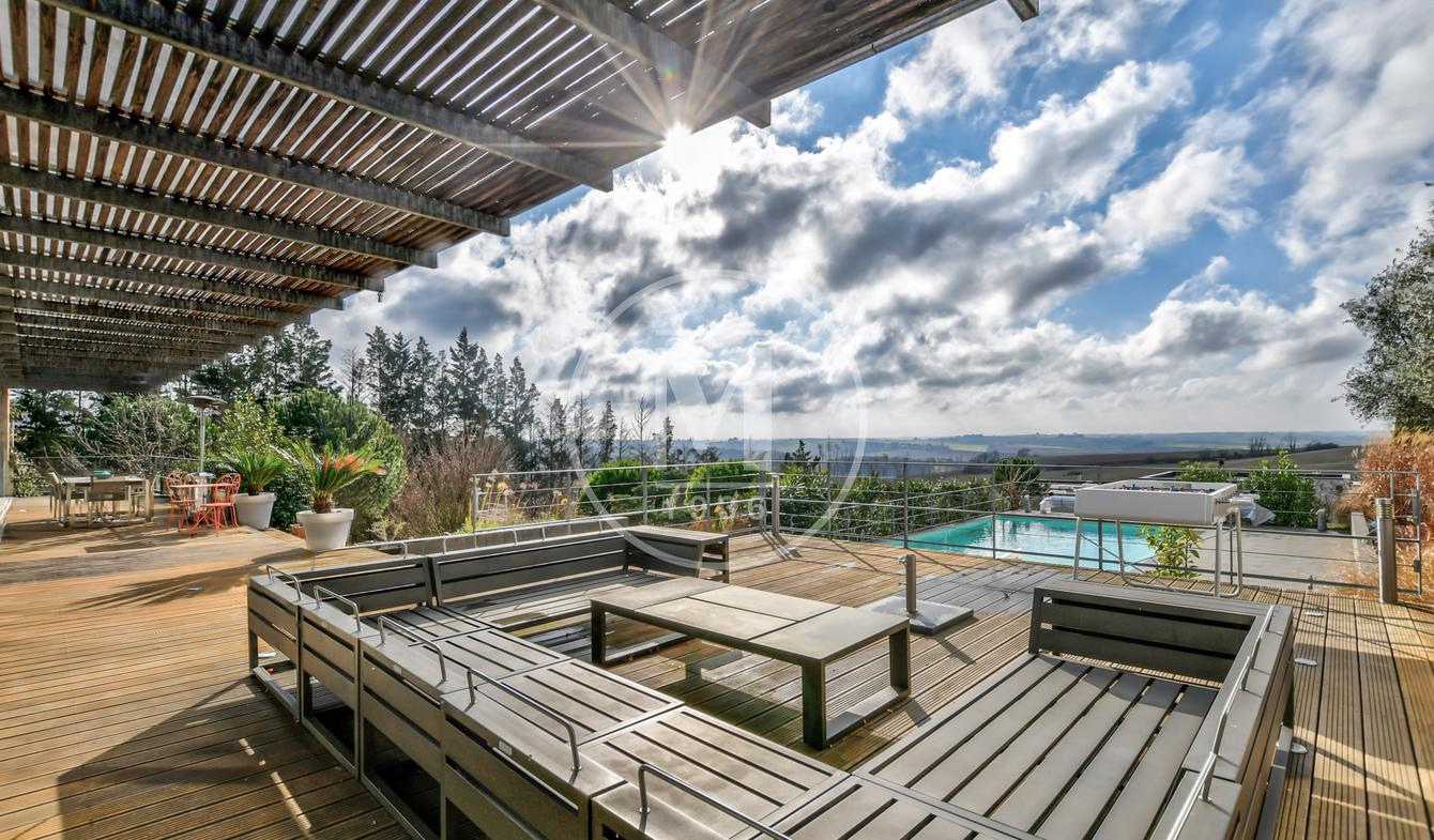 House with pool and terrace Labastide-Beauvoir
