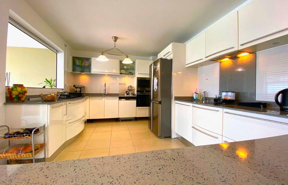 Vente appartement 5 pièces 156.67 m² à Schoelcher (97233), 499 000 €