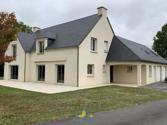 Vente maison 10 pièces 253,86 m2