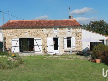 maison à Saint-Georges-des-Agoûts (17)