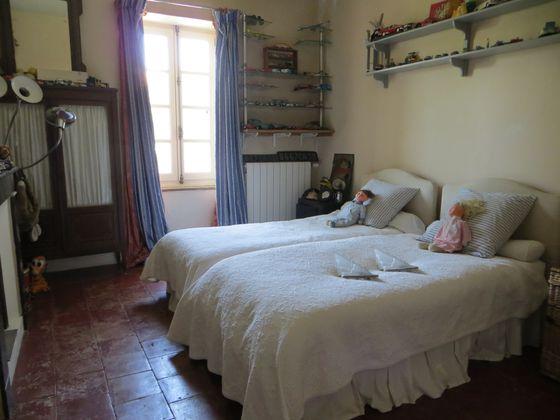 Vente maison 10 pièces 345 m2