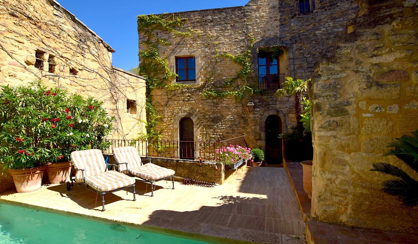 House with pool and terrace Uzès