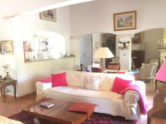 Vente villa 4 pièces 177 m2