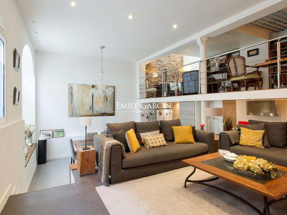 Vente maison 8 pièces 353 m2