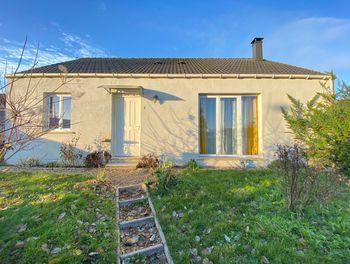 maison à Saint-Erme-Outre-et-Ramecourt (02)