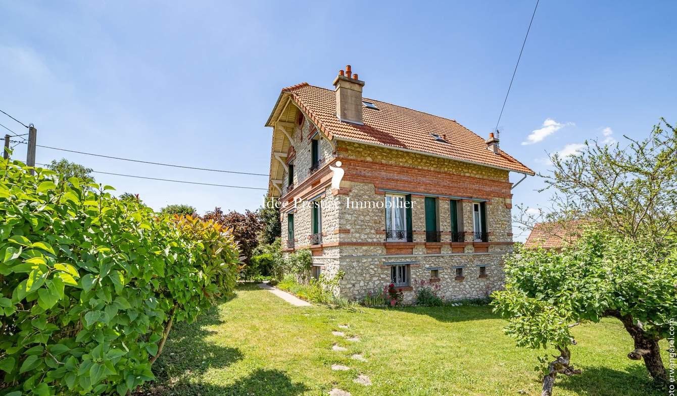 Maison avec terrasse Varennes-Jarcy