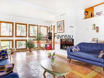 Maison 9 pièces 207,94 m2