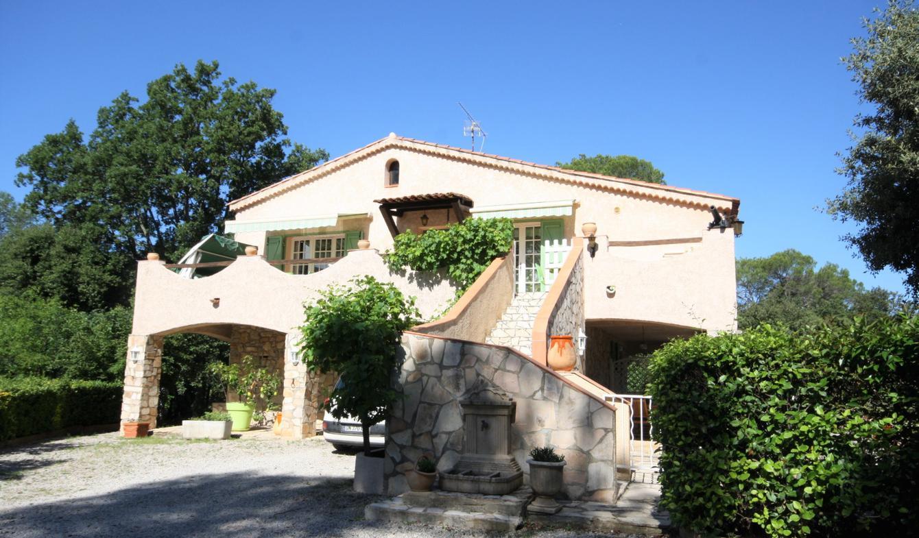 Villa avec piscine et terrasse Le Thoronet