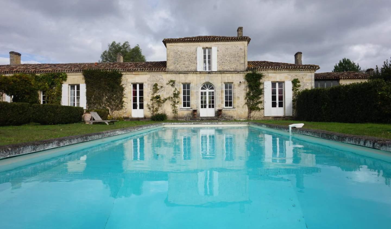 Maison avec piscine La Brède