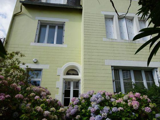 Vente maison 10 pièces 324 m2