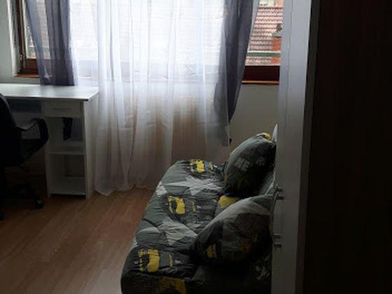 Location studio 13 m2