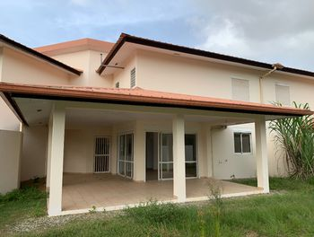 maison à Cayenne (973)