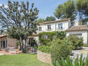 villa à Marseille 11ème (13)