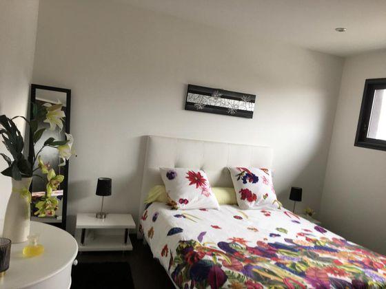 Location chambre meublée 14 m2
