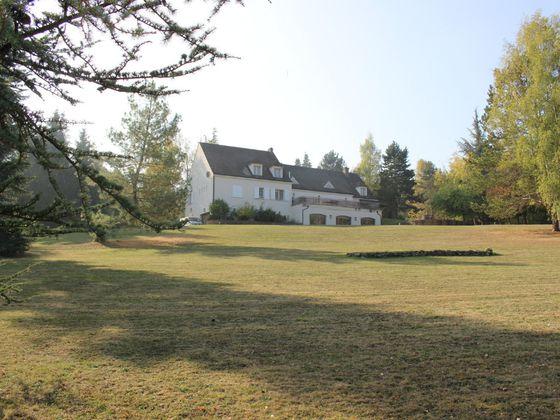 Vente maison 12 pièces 750 m2