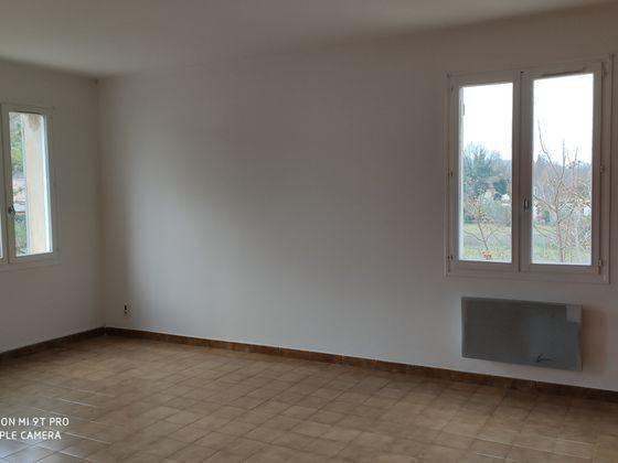 Vente maison 4 pièces 865 m2