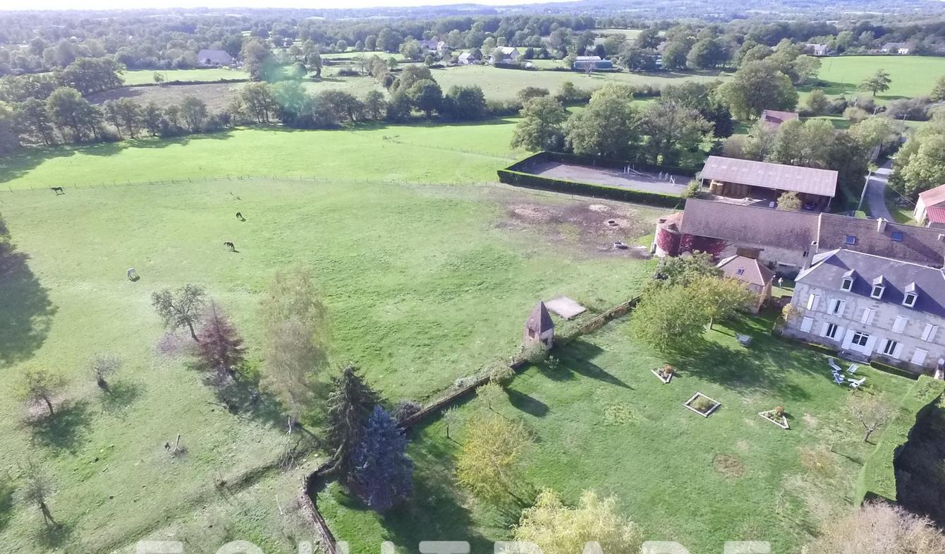 Property with garden Boussac