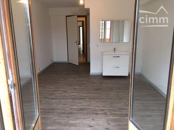 Location appartement 5 pièces 136 m2