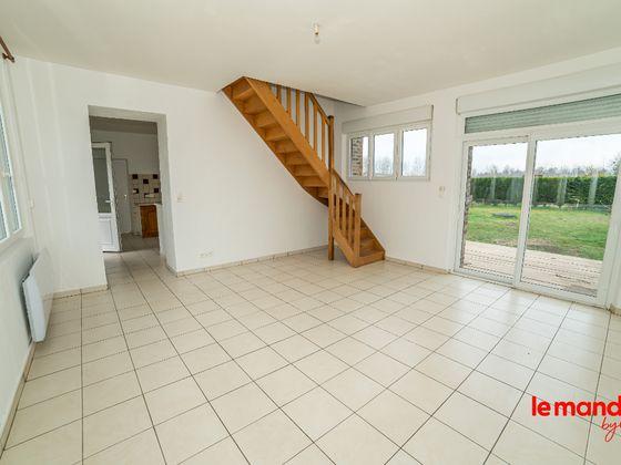Location maison 5 pièces 131,37 m2