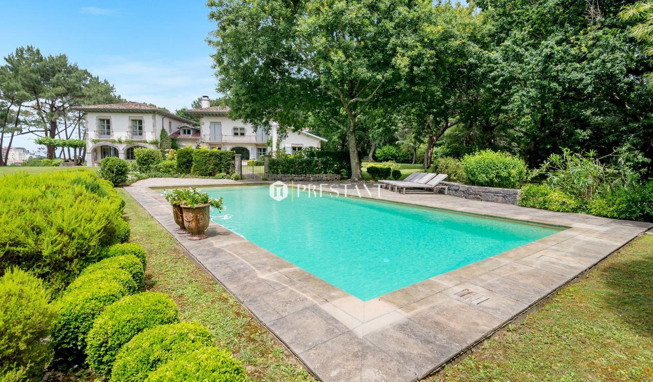 House with pool Bidart