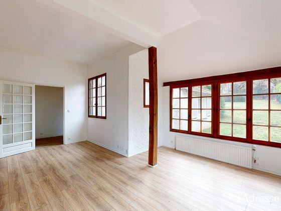 Location maison 7 pièces 140 m2