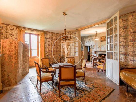 Vente maison 12 pièces 430 m2