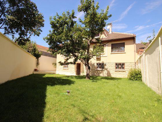 vente Maison 8 pièces 189,51 m2 Drancy
