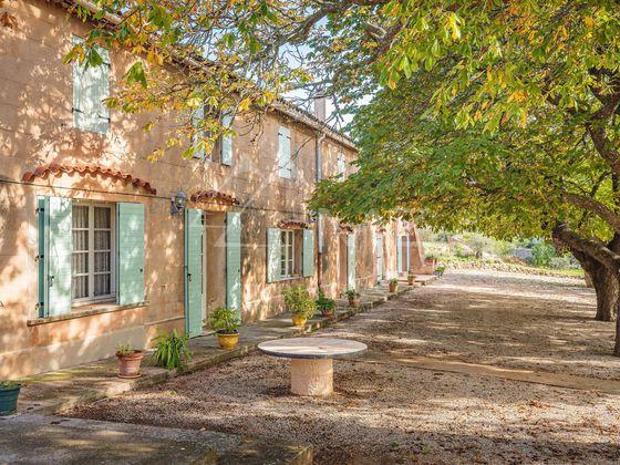 Vente maison 13 pièces 850 m2