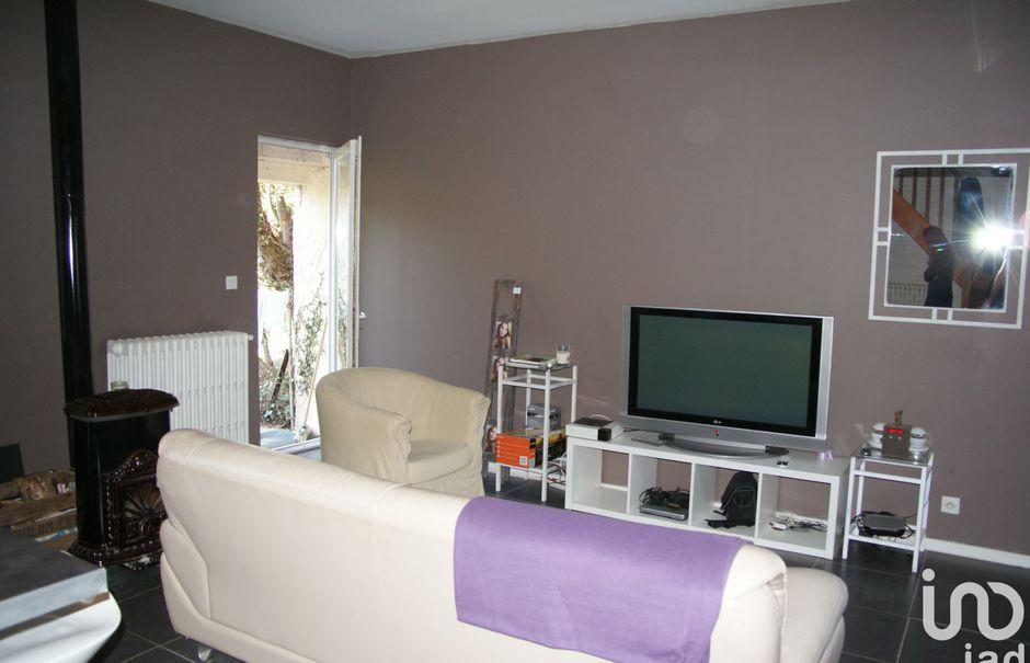 Vente maison 4 pièces 70 m² à Thorigny-sur-Oreuse (89260), 117 000 €