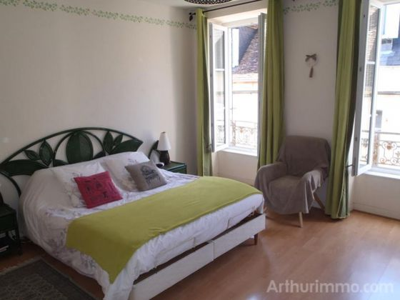Vente maison 6 pièces 381 m2