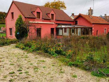 maison à Villars-Santenoge (52)