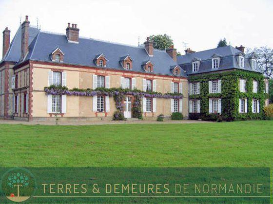 Vente château 27 pièces 655 m2