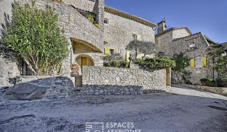 Maison avec terrasse Saint-Just-et-Vacquières