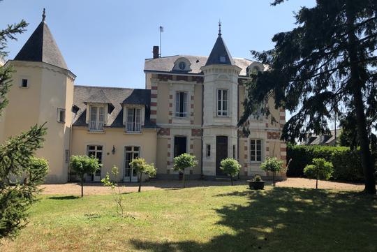 Private mansion